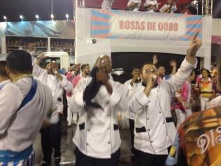 Cantores de apoio do Rosas de Ouro no Desfile das Campeãs (2017) - Foto de Cassius S. Abreu