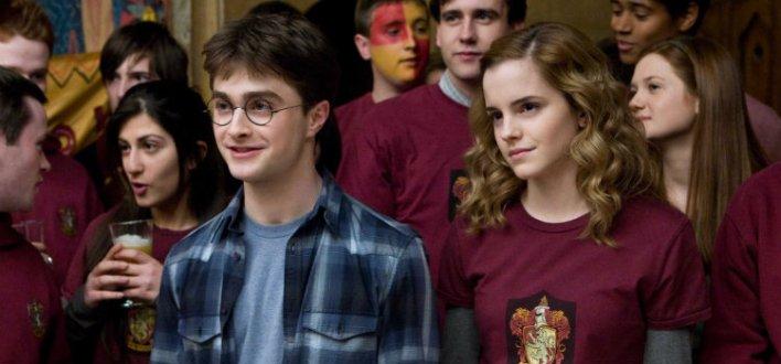 Daniel Radcliffe e Emma Watson em Harry Potter e o Enigma do Príncipe