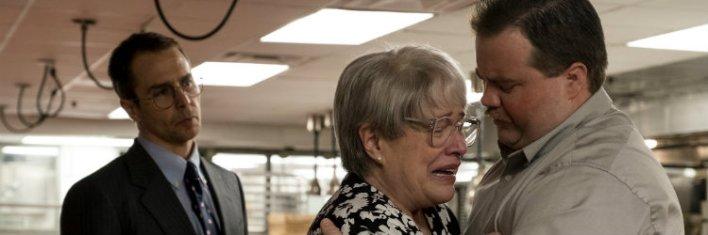 Sam Rockwell, Kathy Bates e Paul Walter Hauser em O Caso Richard Jewell