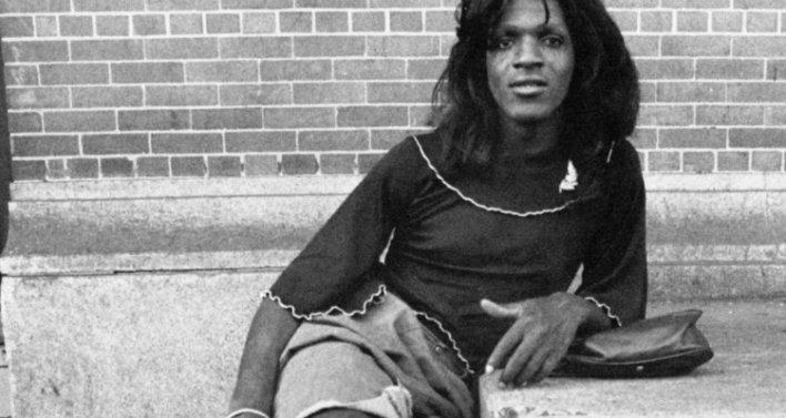 Documentário da Netflix aborda a transfobia e a invisibilização dos trangêneros