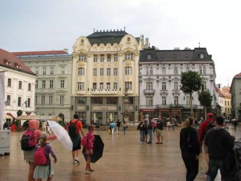 Bratislava Eski Şehir Meydanı