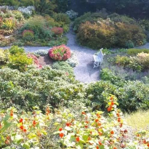 Petrin İngiliz Bahçeleri