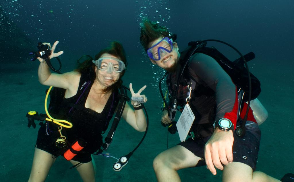Lea and David diving in Bali