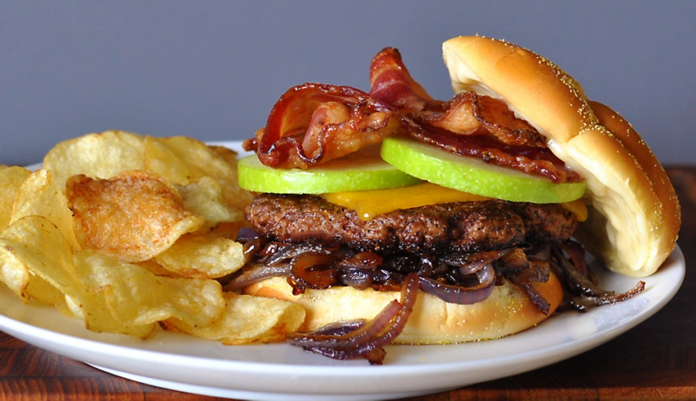 candied-bacon-apple-bacon-burger-recipe