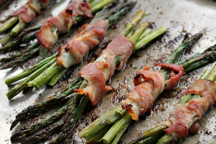 Roasted-Asparagus-Bacon-Bundles-recipe.jpg