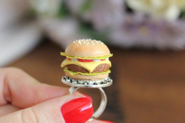 janesdesserts-burger-ring-etsy