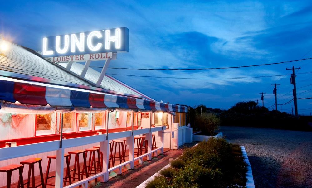 Lehans_These_Hamptons_Lobster_Roll