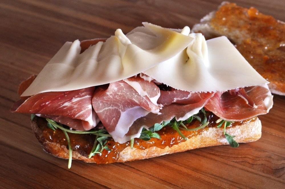 prosciutto-fig-fontina-sandwich-recipe SM
