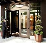 10-Rittenhouse-door-man