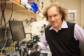 Dan Fletcher (UC Berkeley) working on Coronavirus test using RNA detection