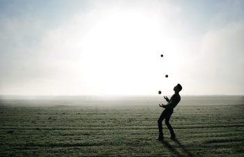 Balance - Man Juggling