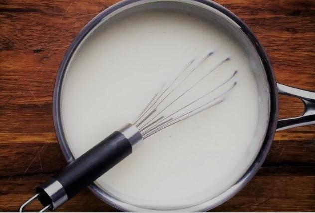 Molho branco (béchamel)