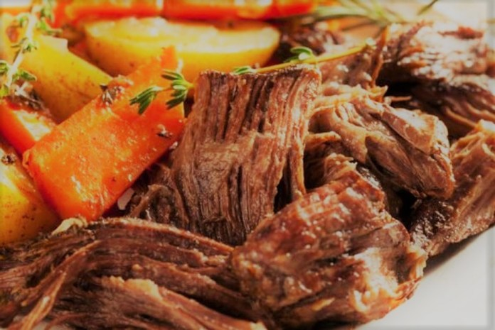 Carne assada na panela
