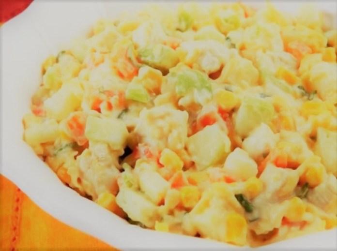 Salpicão de Frango Prático com Cenoura, Batata, Milho e Salsão