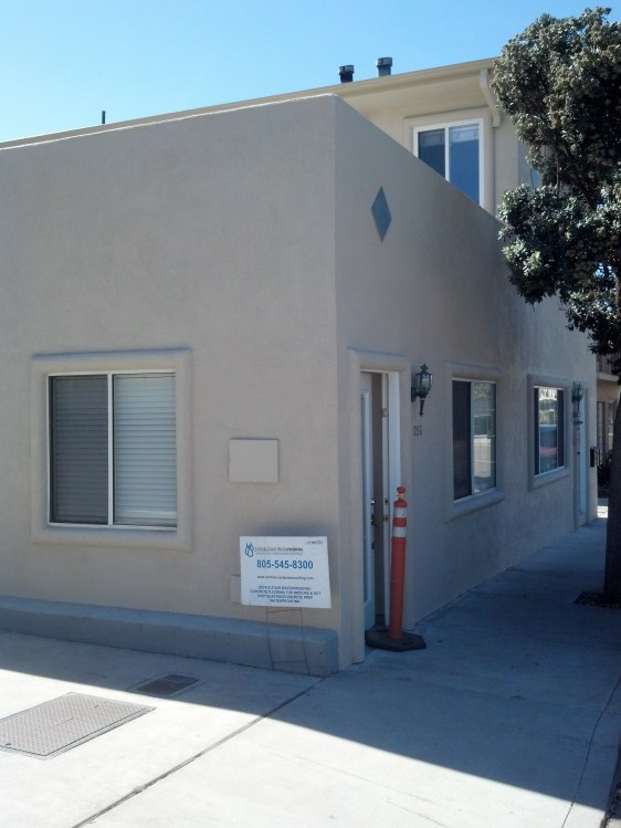 252 Ocean View in Pismo Beach all painted up and with a new deck.