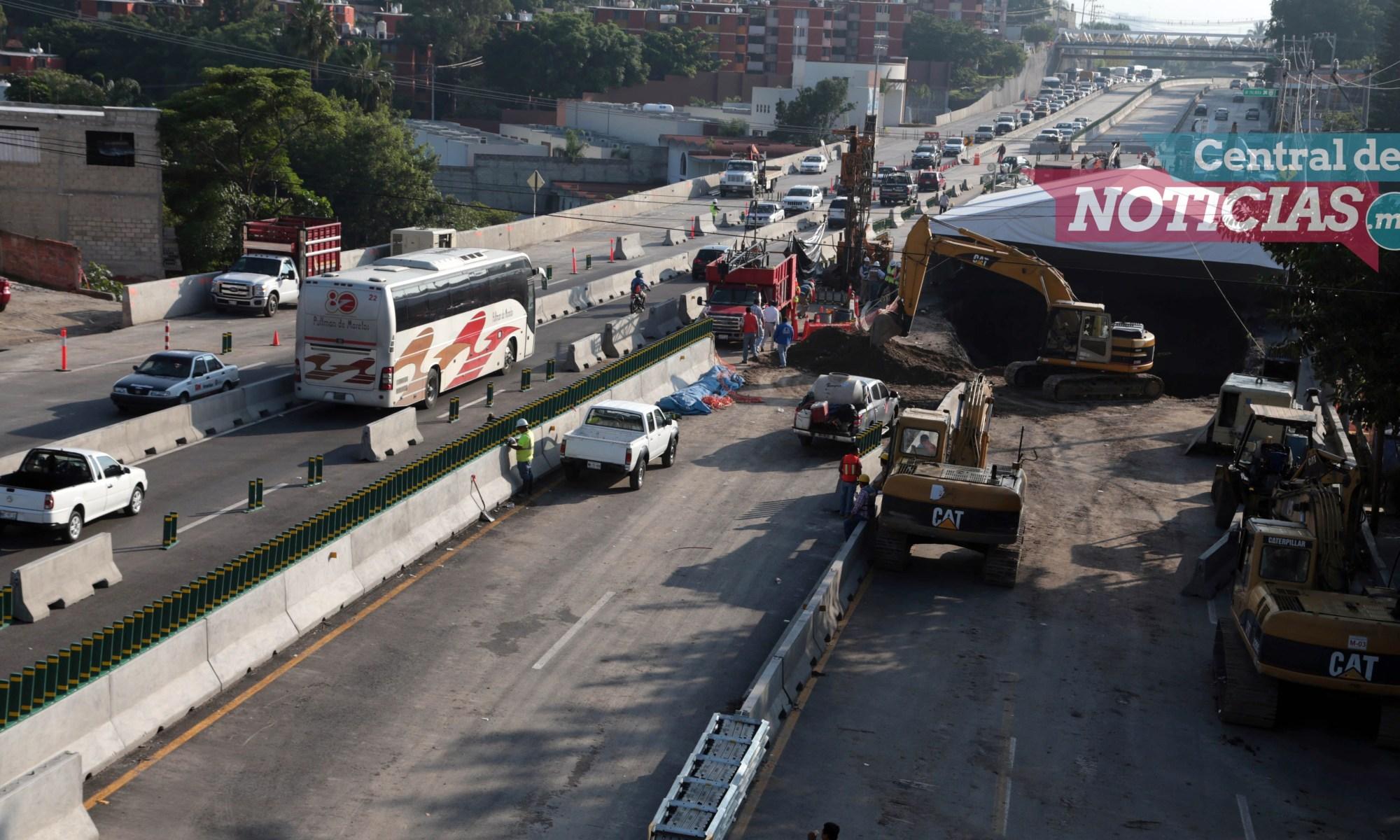 Socavón Paso Exprés Cuernavaca Morelos