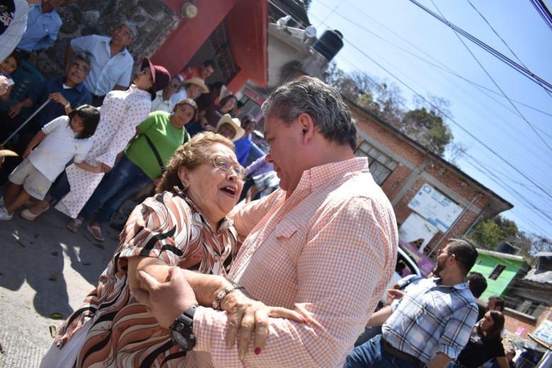 INAUGURA ALCALDE DE JIUTEPEC PAVIMENTACIONES Y DRENAJE SANITARIO 04