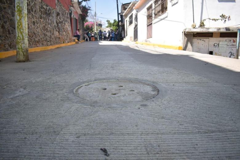 INAUGURA ALCALDE DE JIUTEPEC PAVIMENTACIONES Y DRENAJE SANITARIO 05