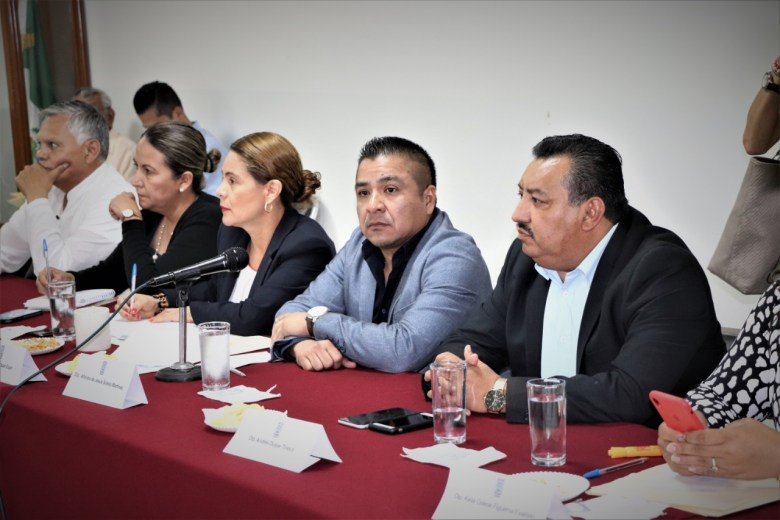 MODIFICAR LEYES DE INGRESOS MUNICIPALES . 04jpeg