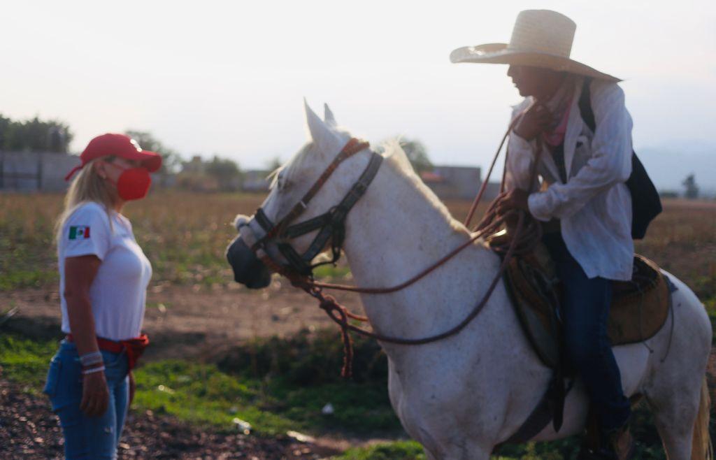 """Llega a """"Las Minas"""" proyecto de gobierno de Sonia Huguenin. Foto: Roger Frías"""