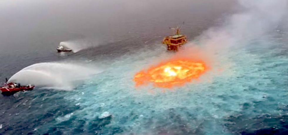 Incendio a escasos 150 metros de la plataforma satélite KU-C en la Sonda de Campeche
