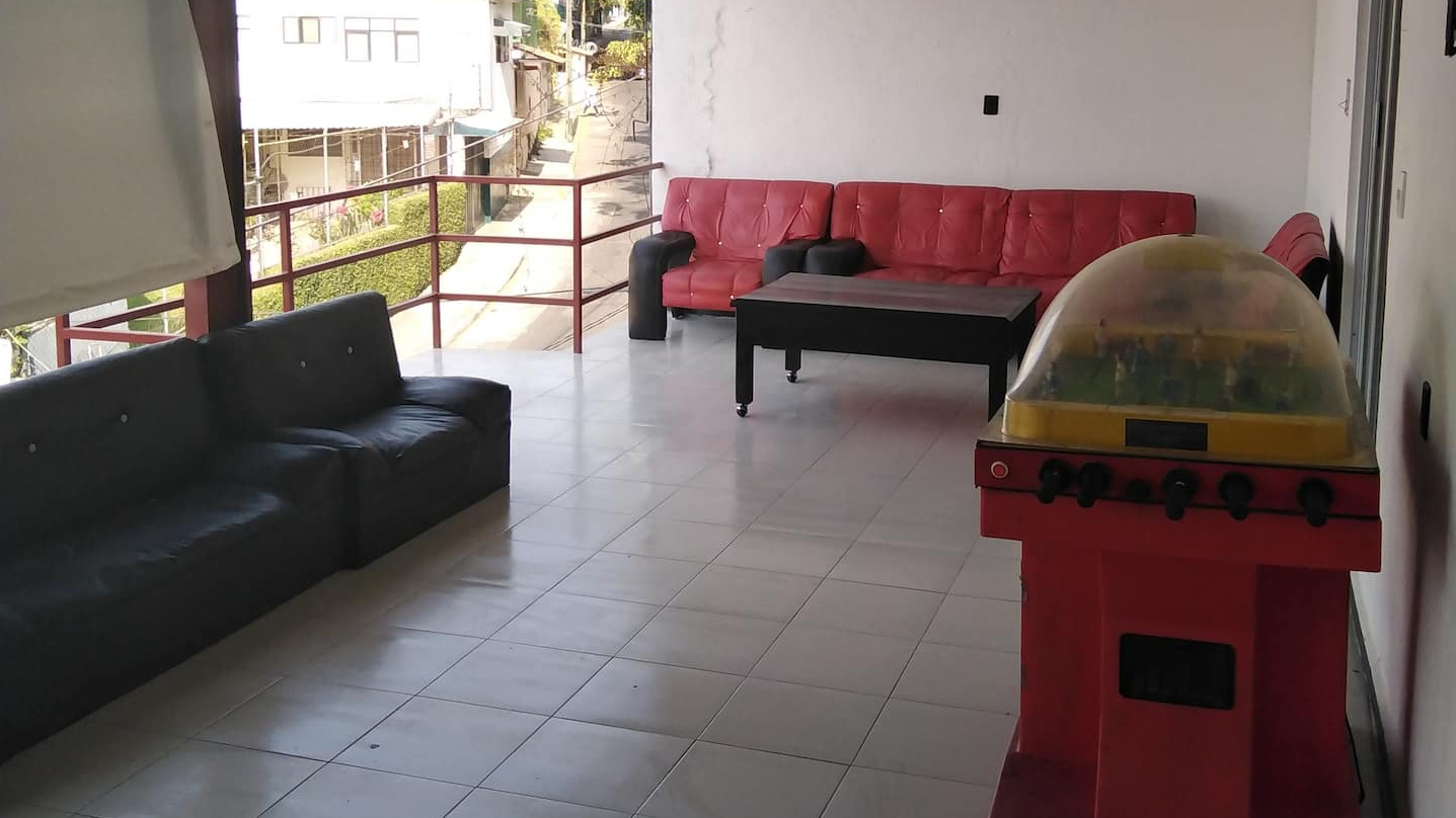 Casa rentada en Airbnb para la realización de fiestas en Cuernavaca
