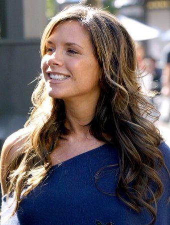 Victoria_Beckham_sourire