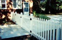 white_vinyl_picket_fence_gate