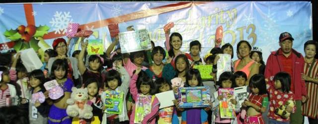 On December 22nd, thanks to many, many (33 companies to be exact!) corporate and individual sponsors, children and teens from four different Homes — the Rangsit Babies' Home, the Emergency […]