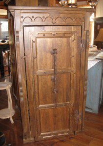 armoire style medievale