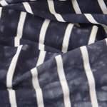 Jeansblau gestreift