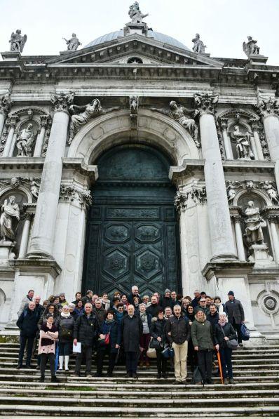 Scalinata della Basilica della Salute. Foto di gruppo