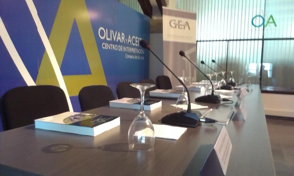 mesa sala de conferencias
