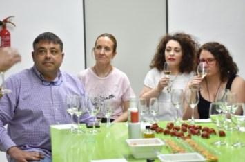 Cata de vinos en el Club