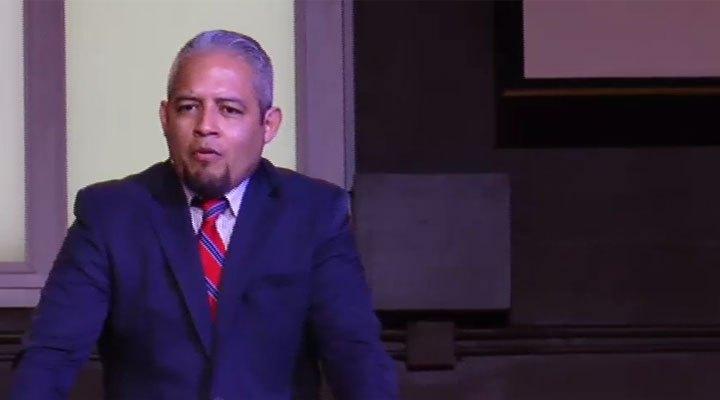 Pastor Gabriel Minjares Iglesia Verdad en Amor Centro Familiar Cristiano