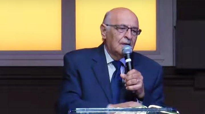 Pastor Juan De Césare