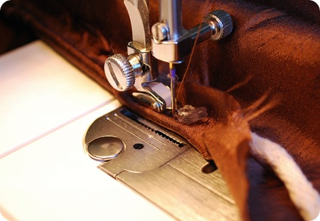 sew piping