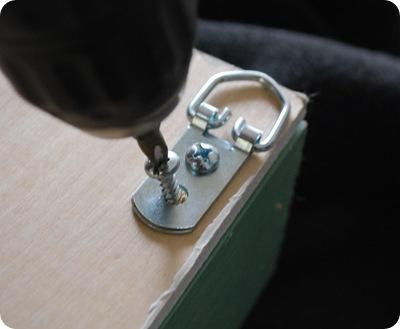 attach d ring hanger