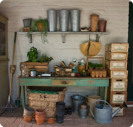 its complicated potting table
