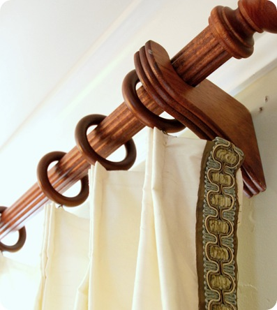 pleats and rings on rod