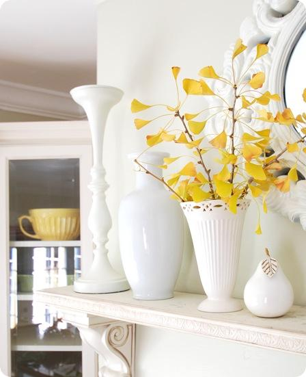 ginko white vase