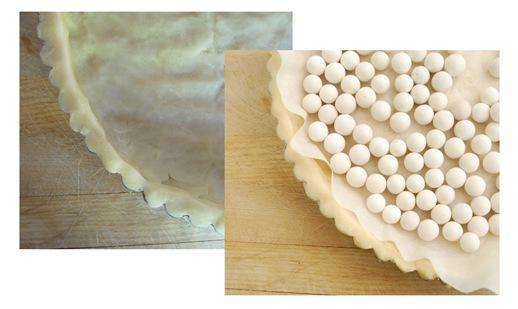 pie crust with pie weights