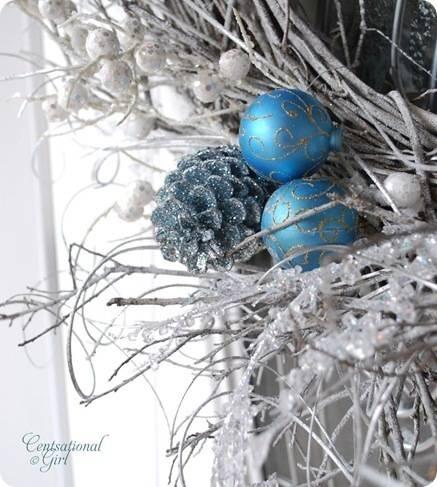 cg wreath blue pinecone