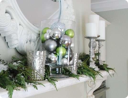 kitchen mantel ornaments up close