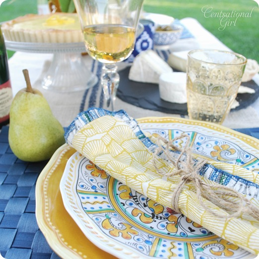 yellow napkin pear tablesetting