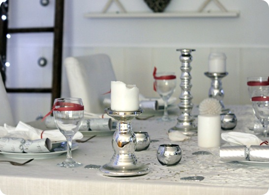Beach Cottage Holiday Tablescape