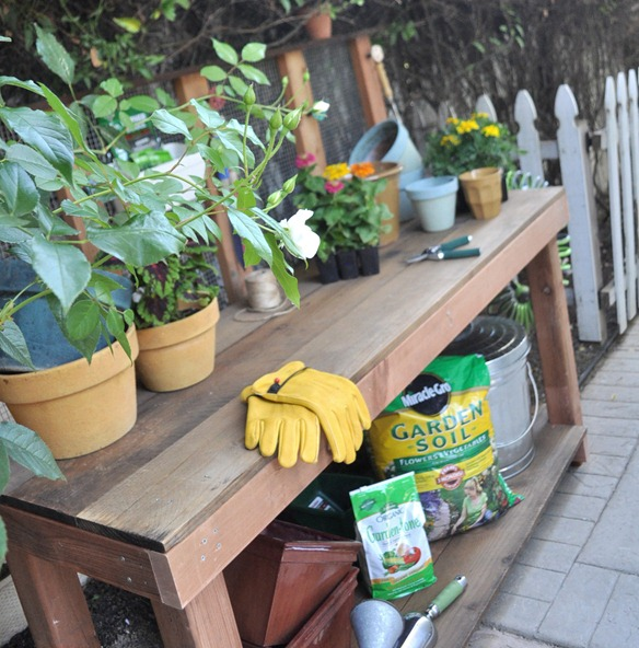 garden potting bench copy