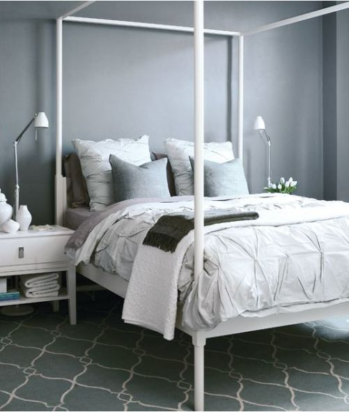 Ten things to hang above the bed centsational style for White four post bed