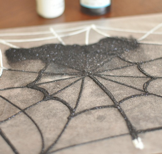 make web with glue top with glitter