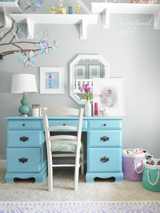 girls blue desk